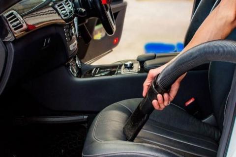 como limpiar las alfombrillas del coche Barcelona